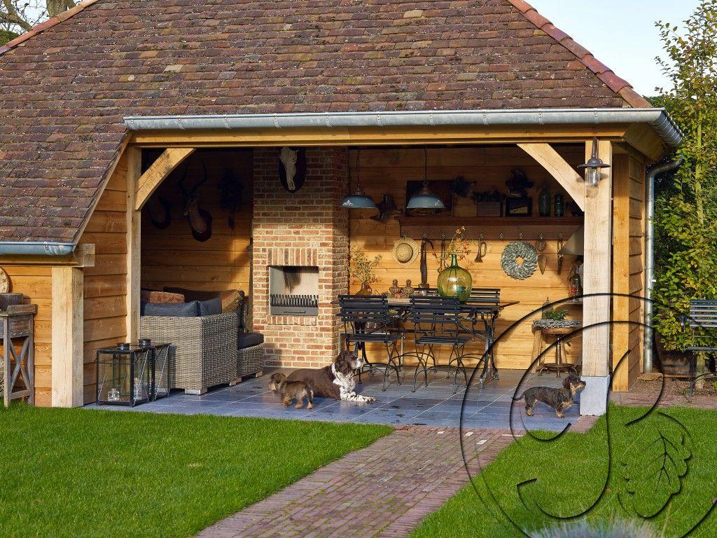 Ook de huisdieren vinden hun vertrouwde plek in onze for Bijgebouw tuin