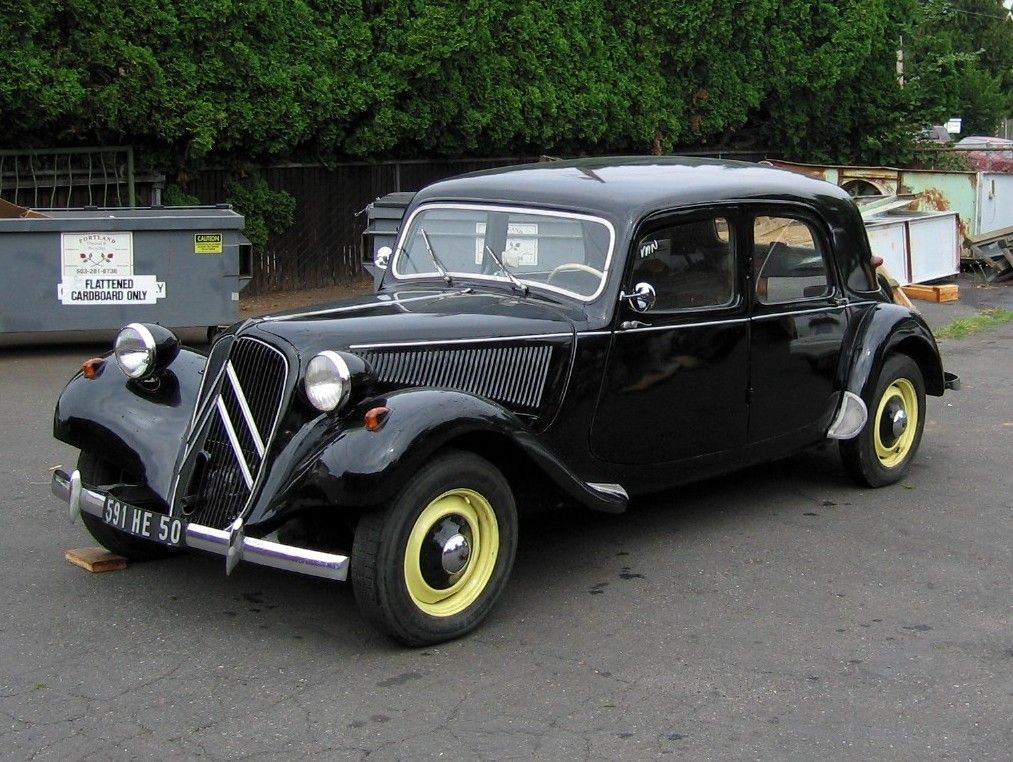 this 1952 citroen traction avant 11b normale is an older restoration that has been with the. Black Bedroom Furniture Sets. Home Design Ideas