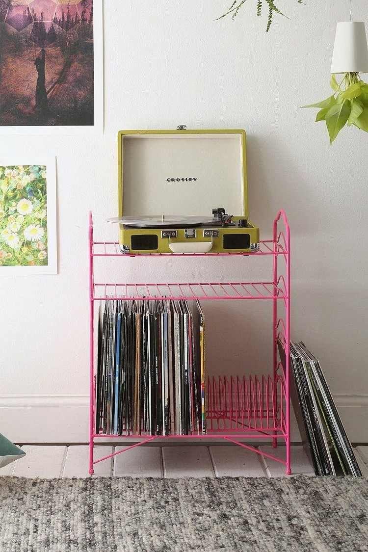 rangement vinyle meuble vintage en m tal rose vif. Black Bedroom Furniture Sets. Home Design Ideas