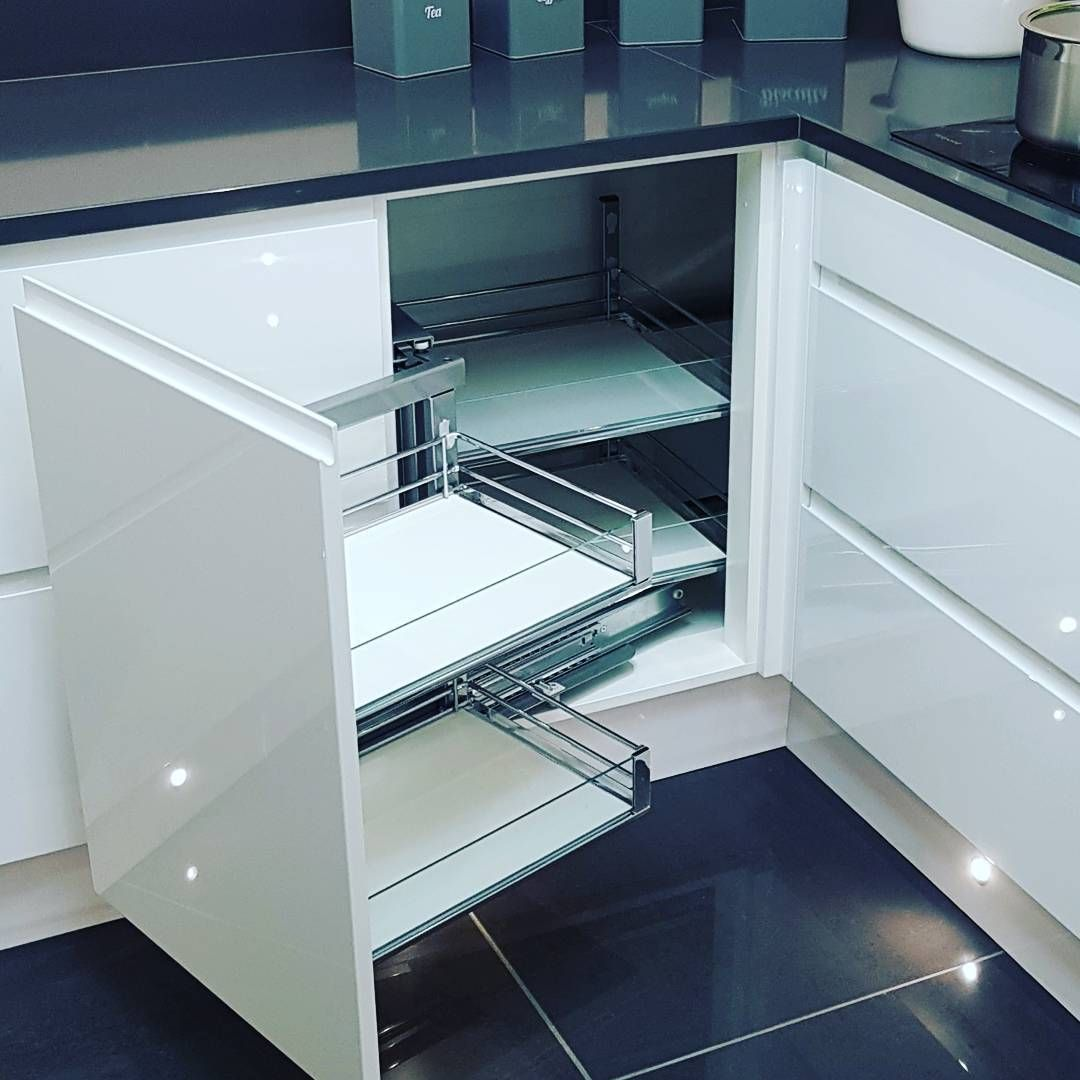 Our J-pull display kitchen showing off one of many corner solutions ...