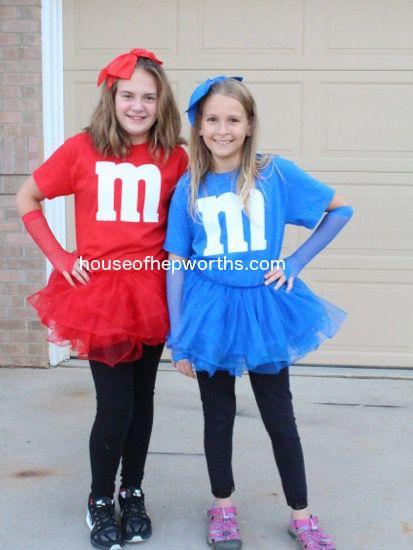 Easy DIY matching M&M costumes #mamp;mcostumediy