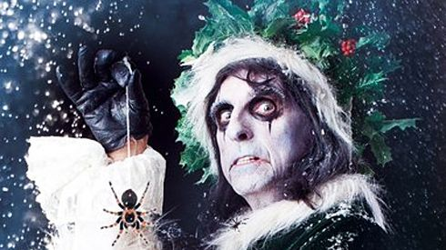 Alice Cooper S Christmas Pudding Event Buy A Ticket It S Worth It And Who Knew He D Become Such A Star Alice Cooper Santa Claus Is Coming To Town Alice
