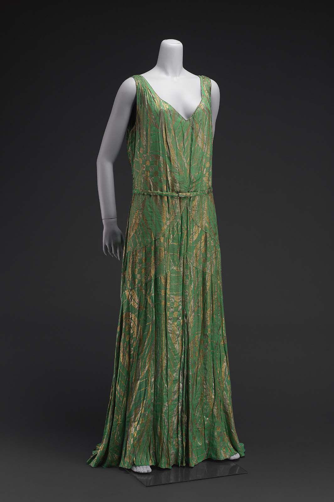 america womanus evening dress by hattie carnegie silk