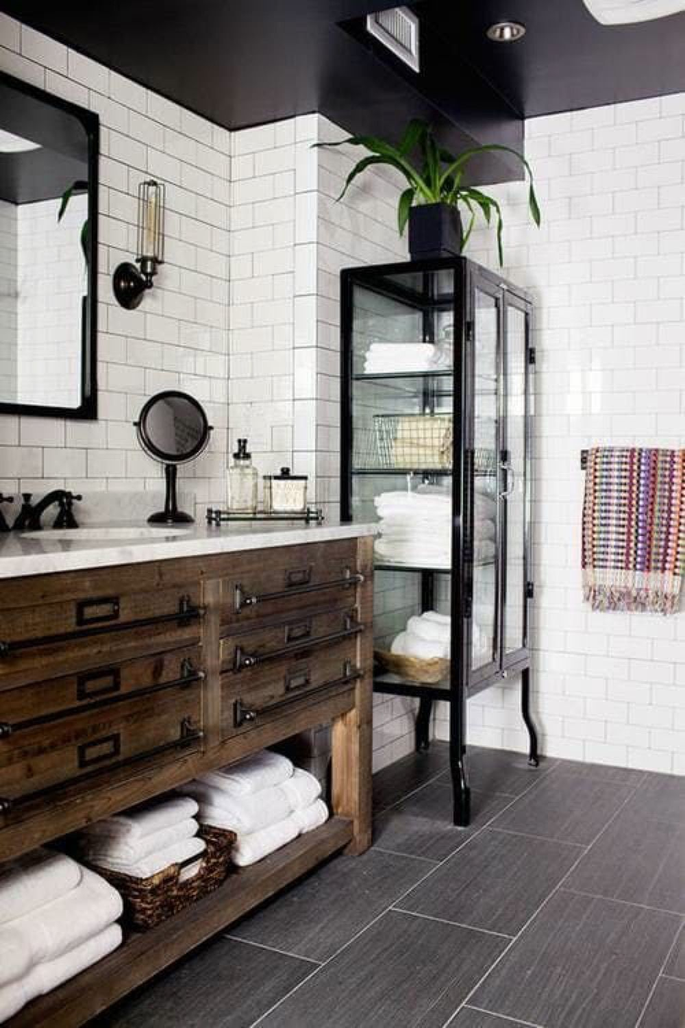 Home-fitness-studio-innenarchitektur industrial loft  bathroom sanctuary  pinterest  bathroom home