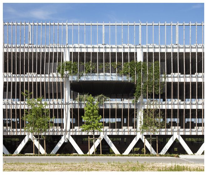 Parking In Soissons 8211 Jacques Ferrier Architectures Parking Building Architecture Facade Architecture