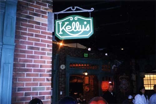 Remembering ABC Soap Opera Bistro: The outside of Kelly's featured the signage that viewers see when watching the show from home. For anyone who's seen the show, the re-creation was a faithful representation.
