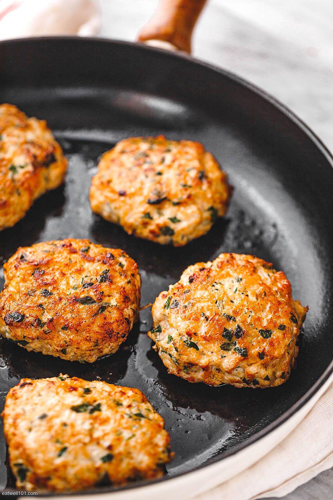 Garlic Herb Chicken Meal Prep Patties & Veggie Salad