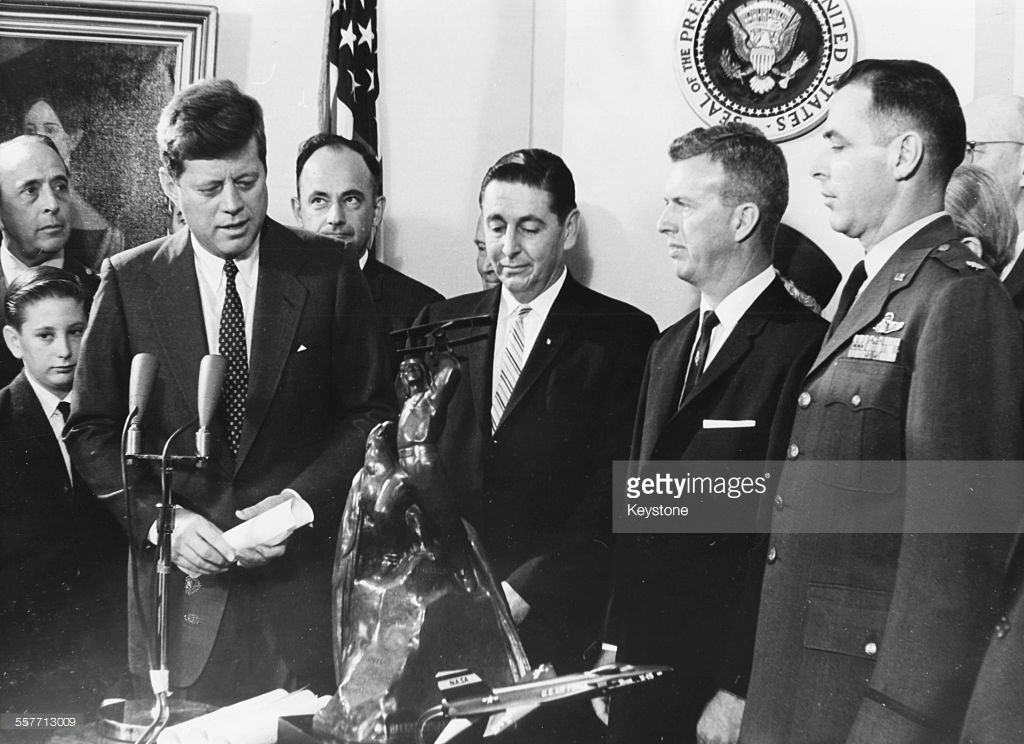 President John F Kennedy Meeting A Group Of X 15 Pilots L R Scott Crossfield Joseph Walker And Major Robert M White With The Harmon Trophy Award In