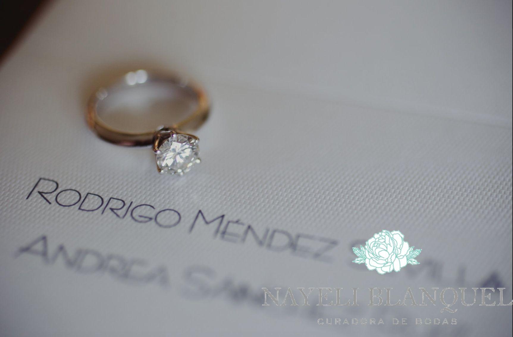 Invitación y anillo