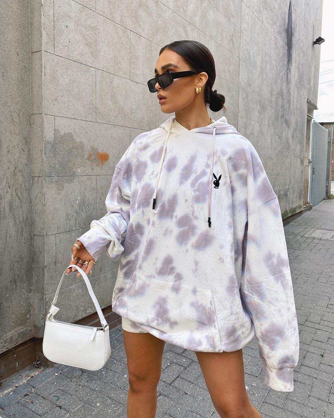 Alicia Roddy S Instagram Profile Post Is There Anything Comfier Than An Oversized Hoodie They Are My Favourite Tie Dye Hoodie Hoodie Dress Everyday Outfits [ 1350 x 1080 Pixel ]