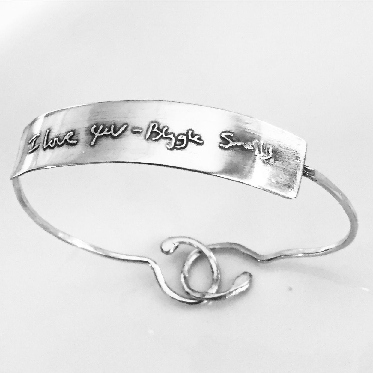 Memorial Jewelry Remember Your Loved Ones With An Inspiring Message Or Signature This Ed Handwritten Bangle Bracelet Clasps In The Back Tiny