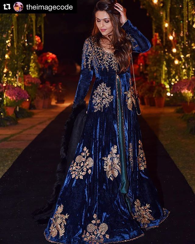 """dfca81d51a6a4 ... Instagram: """"Tina from @theimagecode adorned in SVA! #Repost  @theimagecode (@get_repost) ・・・ Midnight blue velvets, Mughal inspired  embroidery and a…"""""""