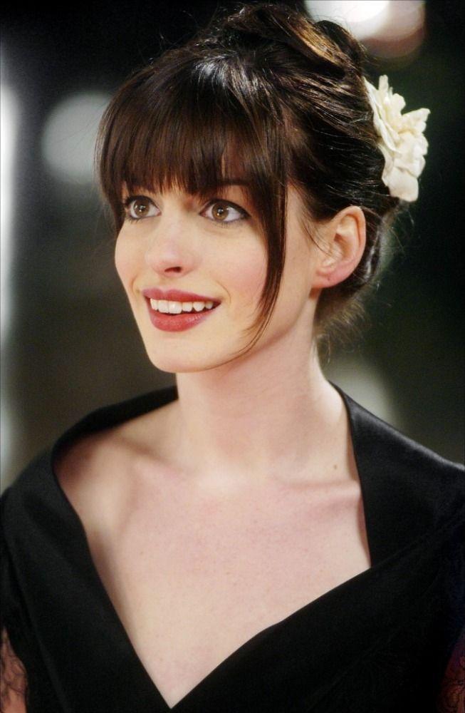 Anne Hathaway Le Diable S'habille En Prada : hathaway, diable, s'habille, prada, Maquillaje, Inspirarse, Sábado, Hathaway, Hair,, Styles, 2014,