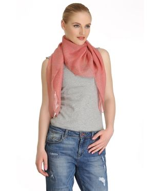 Floral Print Stole | I found an amazing deal at fashionandyou.com and I bet you'll love it too. Check it out!