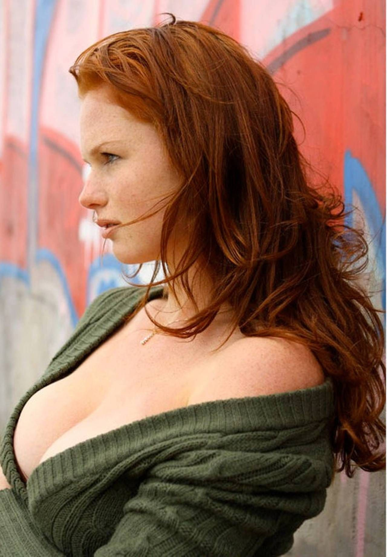 Pin on Busty Redheads 2
