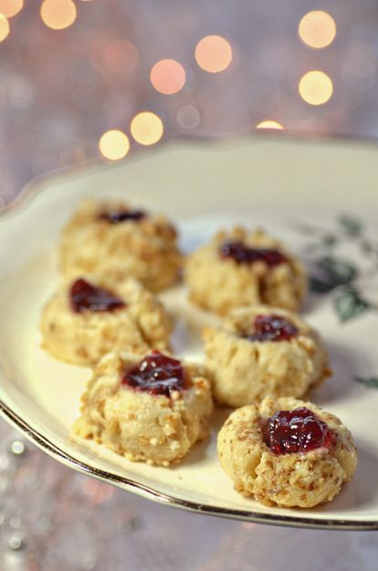 Jam Thumbprints Cookies - an ideal addition to a winter wedding cookie table