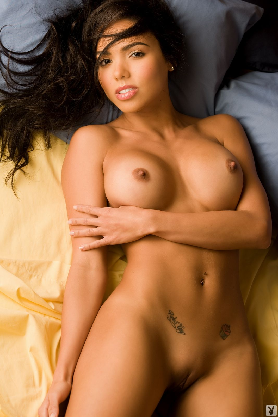 Alluring Smooth Pussy Young Latina Model Nude