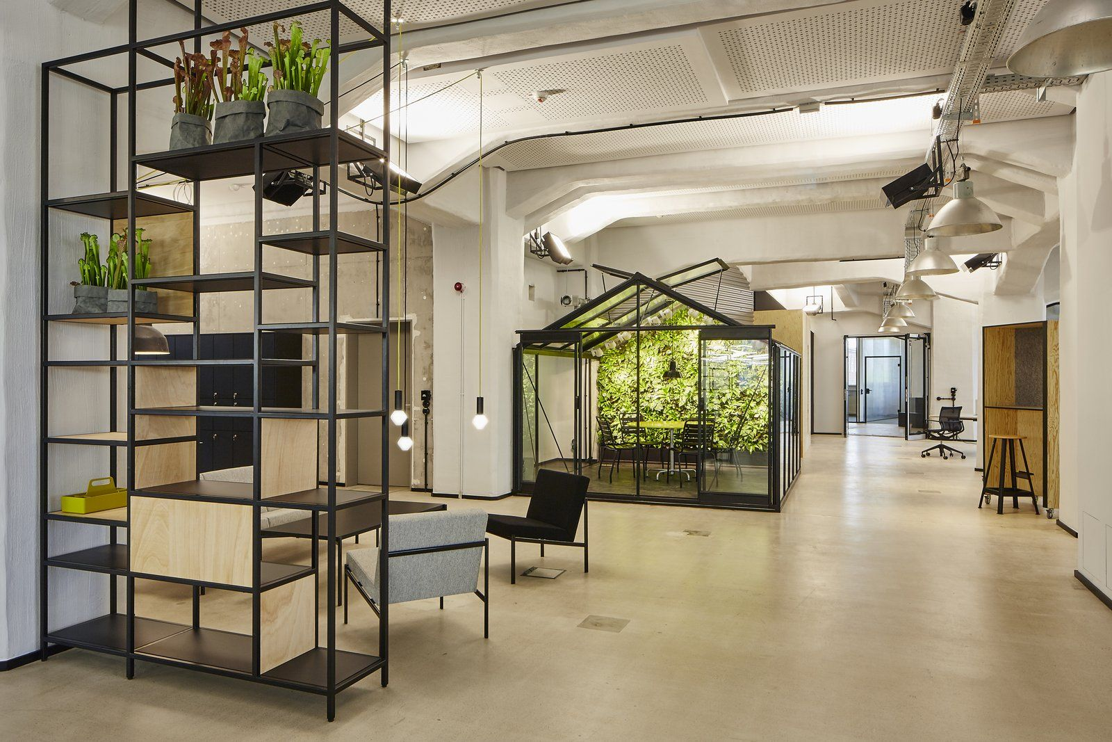 office tour deloitte digital d sseldorf recent offices pinterest office interiors. Black Bedroom Furniture Sets. Home Design Ideas