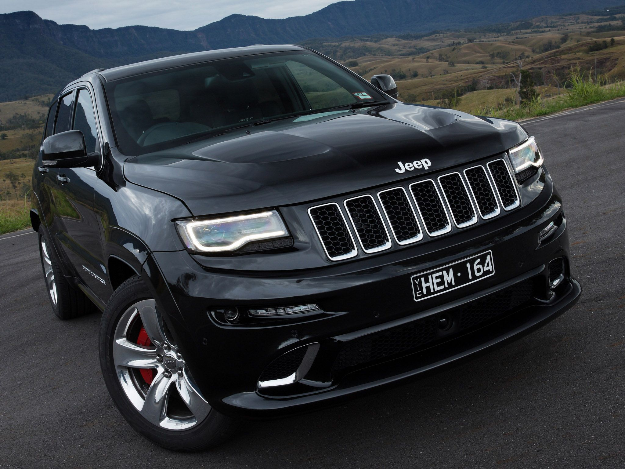 2014 jeep grand cherokee srt wk2 australia black car jeep grand cherokee wk 2005 on. Black Bedroom Furniture Sets. Home Design Ideas