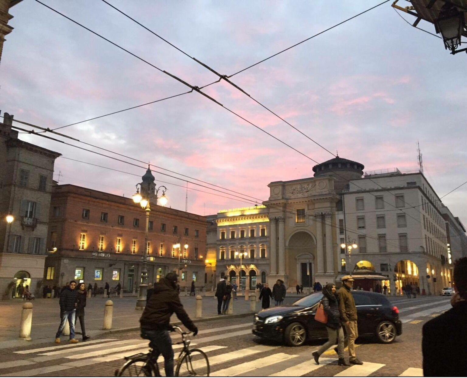 Via della Repubblica/p.zza Garibaldi | Città, Piazza, Parma