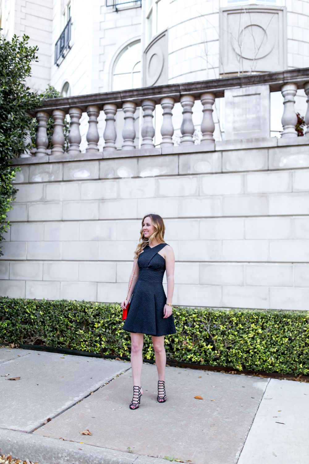 Textured LBD | Fit and Flare Dress | LBD | Cage Sandals | Red Purse | Ombre Waves | Spring Style | Summer Style | Miami Blogger | Outfit Inspiration