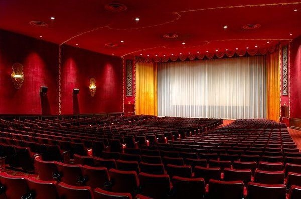 More Than Just A Movie 10 Amazing Theaters Across America Nyc Landmarks The Iron Lady Theatre