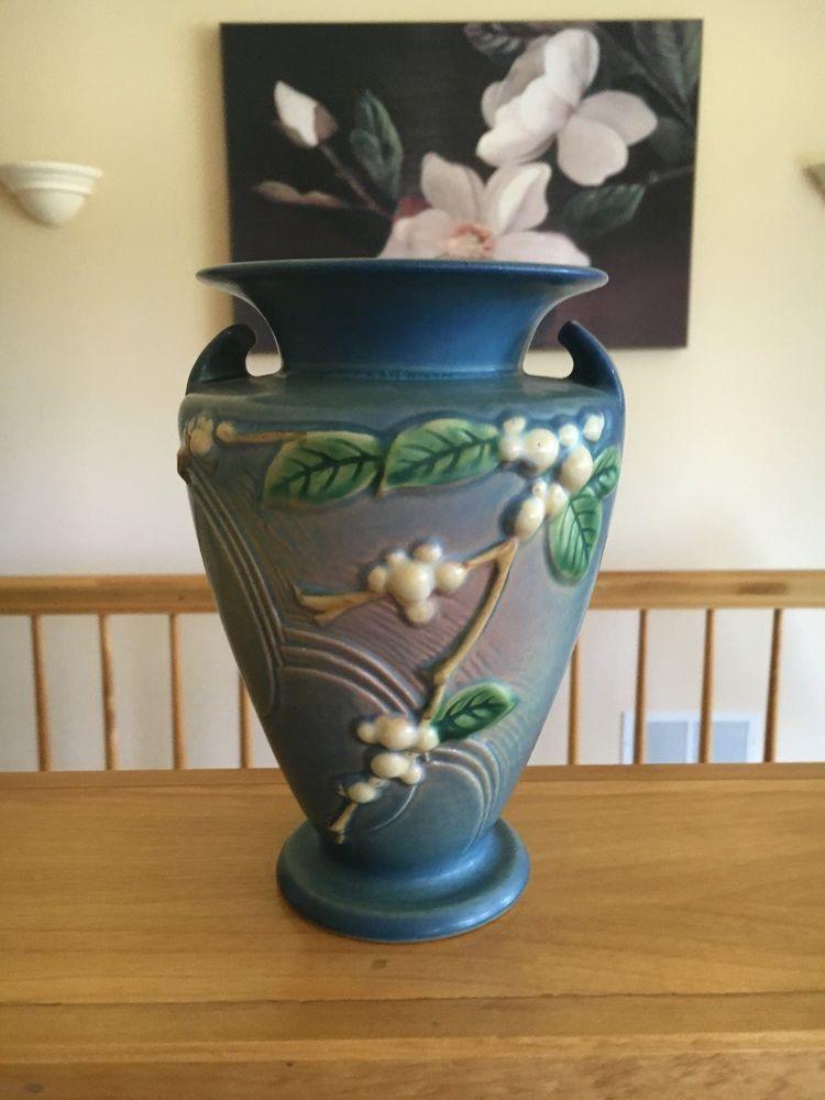 Roseville Snowberry Blue Vase 8 In Two Handled Vase Iv2 8