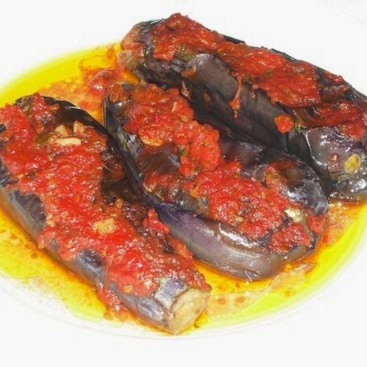 Imam bayildi greek food pinterest eggplants stuffed eggplant food imam bayildi traditional greek recipesgross foodeggplant forumfinder Image collections