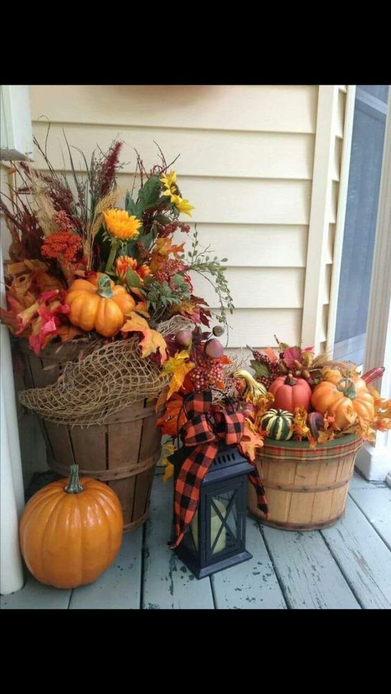 100 Cozy & Rustic Fall Front Porch decor ideas to feel the yawning autumn noon winds & watch the ember red leaves burn out slowly – Hike n Dip