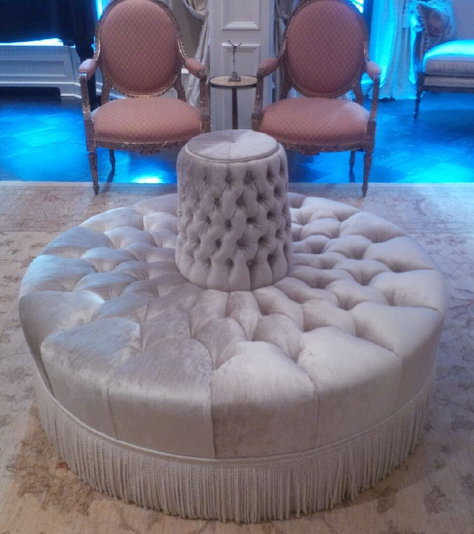 Amazing Laurie Messman Nyc Round Banquette Averyboardman A Touch Ncnpc Chair Design For Home Ncnpcorg
