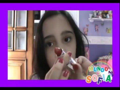 Assista esta dica sobre Maquiagem Infantil e Adulta e muitas outras dicas de maquiagem no nosso vlog Dicas de Maquiagem.