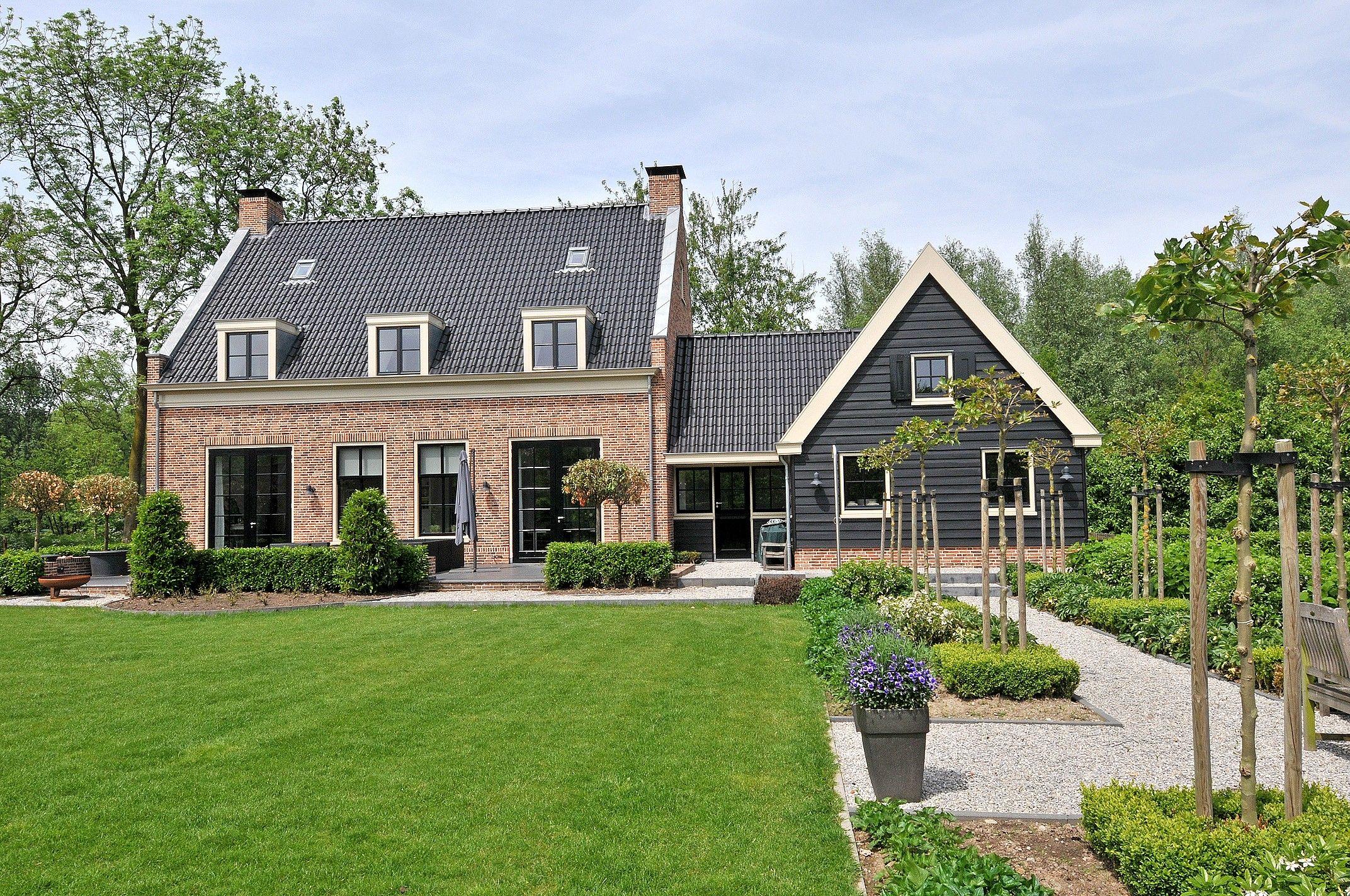 Van der werf makelaars viaanse bos 1 te vianen houses for Van der meer makelaars