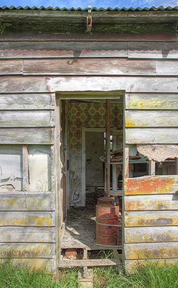 Door Open To Old Farm House Always Love Old Layers Of Wallpaper And Lath Plaster Abandoned Farm Houses Old Farm Houses Abandoned Houses