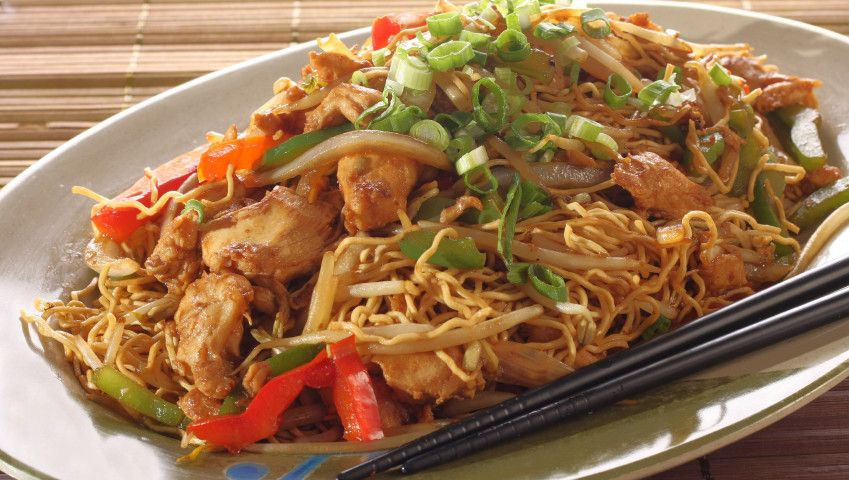 Chicken chow mein meal.