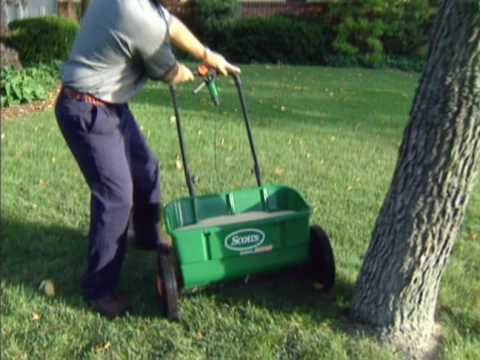 Lawn Care Basics How To Use A Scotts Spreader From