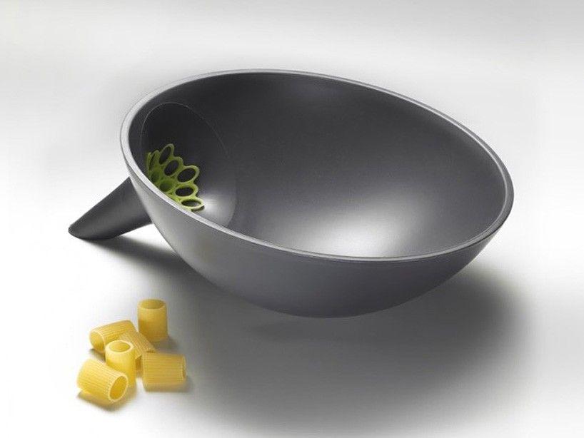 Anton Strainer Bowl Designboom 01 Food Design Bowl Kitchen
