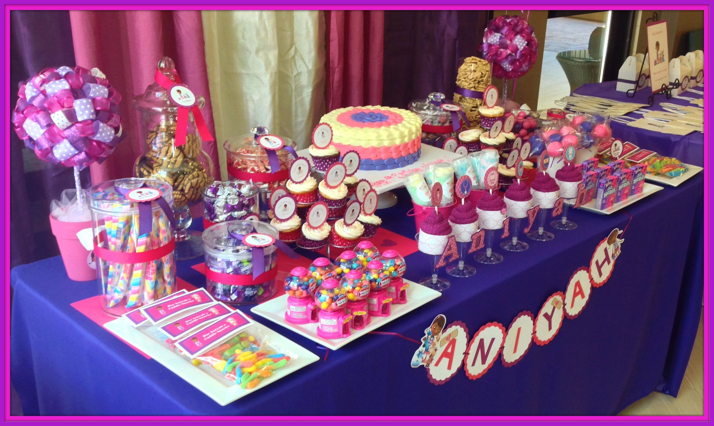 doc mcstuffin candy bar table just lovely favors pinterest doc rh pinterest com Doc McStuffins Party Ideas doc mcstuffins candy buffet ideas