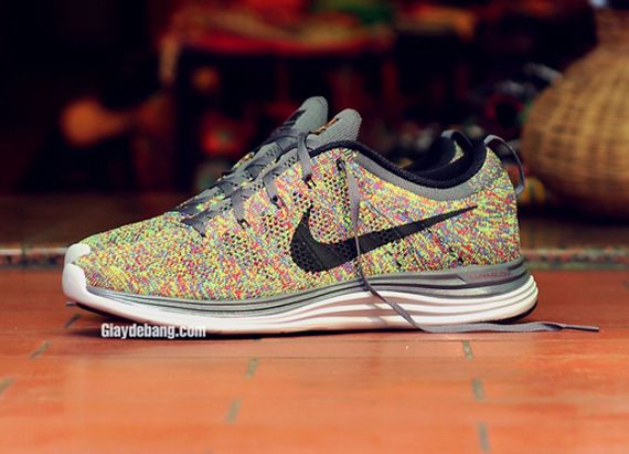 another chance 91ca3 39029 Nike Lunar Flyknit One+ Multi Color
