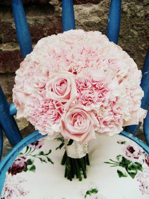 Flower Decor Nunta Buchet Mireasa Din Garoafe Si Trandafiri Roz