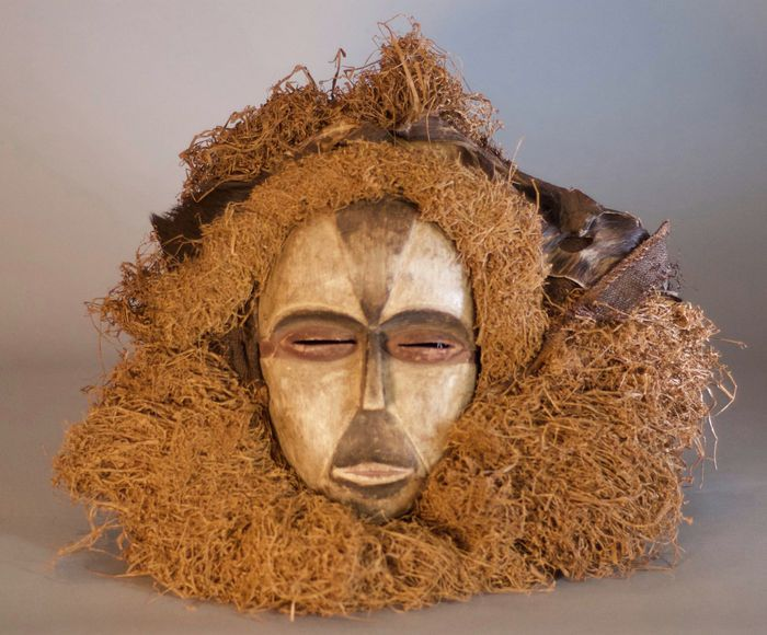 Nu in de #Catawiki veilingen: African Tribal Mask - GALOA - Gabon.