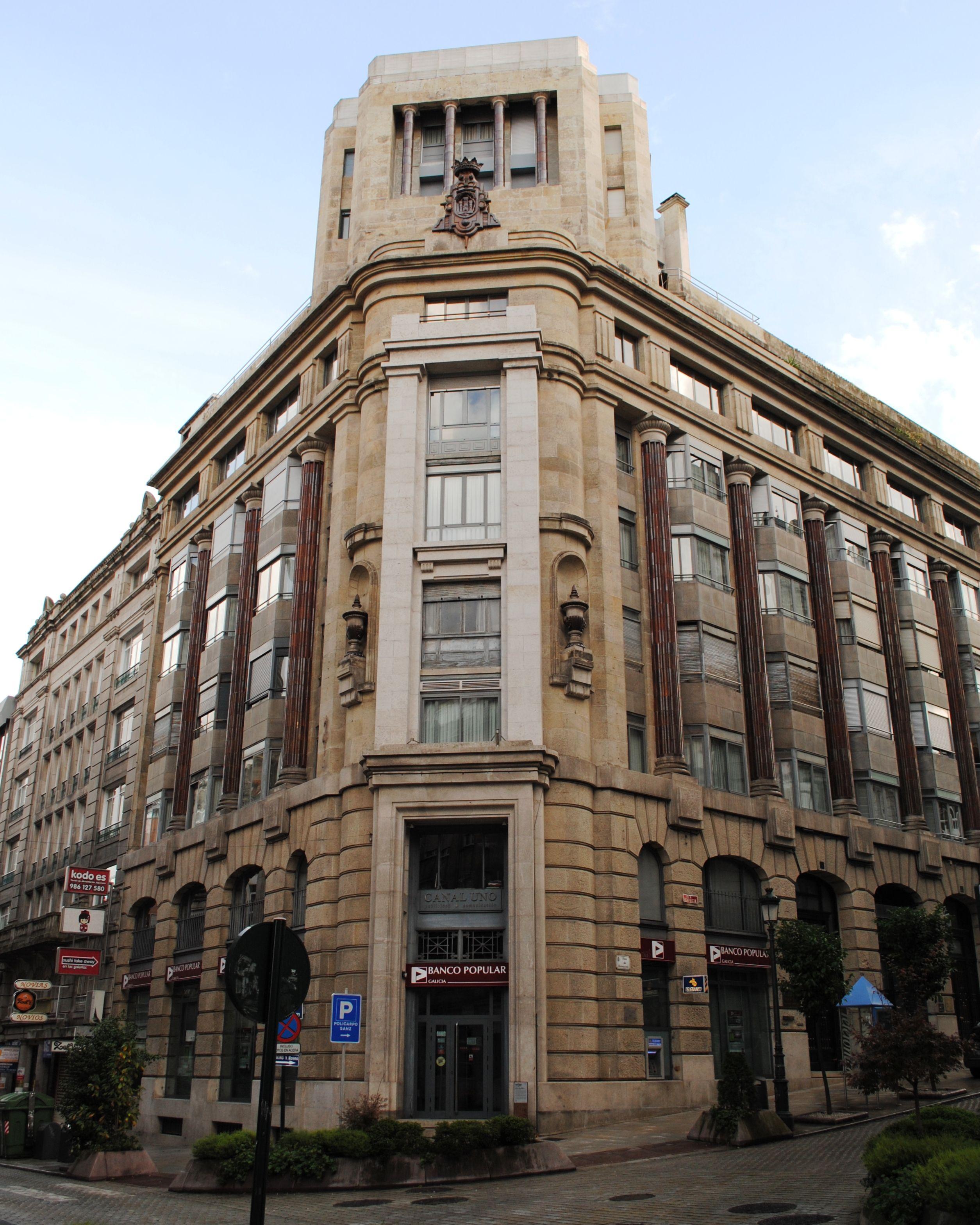 Banca vi as aranda by antonio palacios 1941 rh y se hizo for Restaurante escuela de arquitectos madrid
