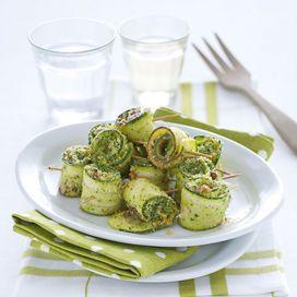 Le ricette per sgonfiare la pancia - Ricetta | Donna Moderna  http://www.donnamoderna.com/cucina/ricetta/pancia-piatta/photo/Involtini-di-zucchine-gratinati