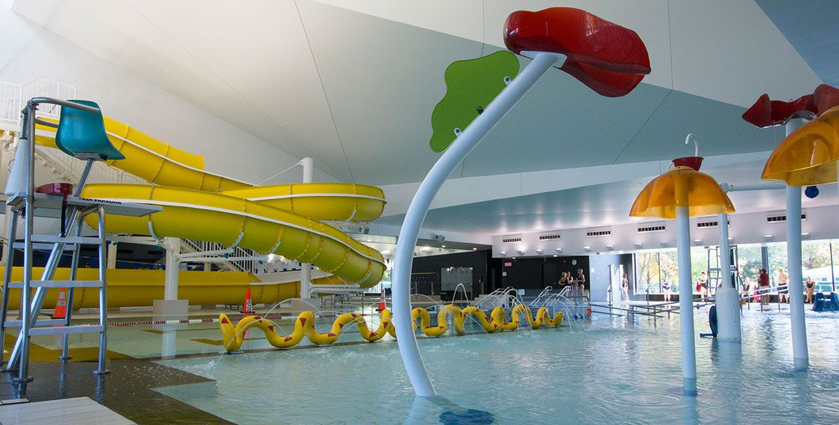 Centre aquatique desjardins tla architecture piscine for Hotel parc aquatique interieur quebec