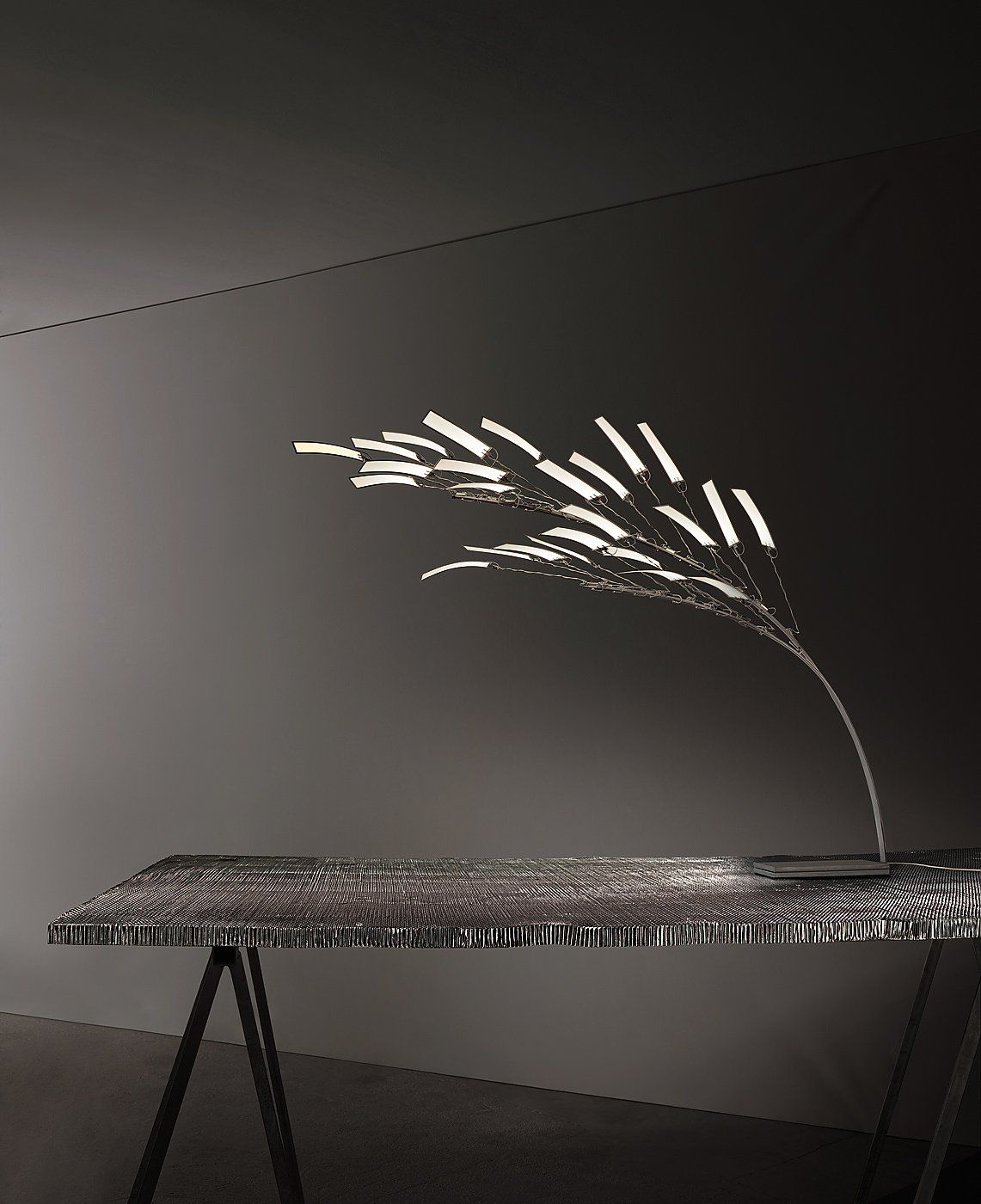 whisper wind prodotti ingo maurer gmbh milan 2014 pinterest illuminazione interni e. Black Bedroom Furniture Sets. Home Design Ideas