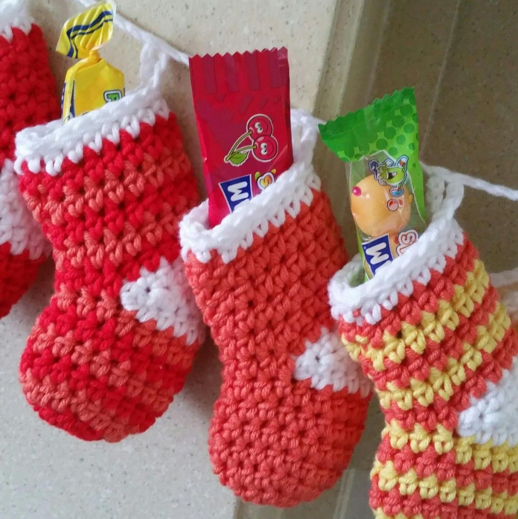 How To Crochet A Mini Stocking Advent Christmas Pinterest