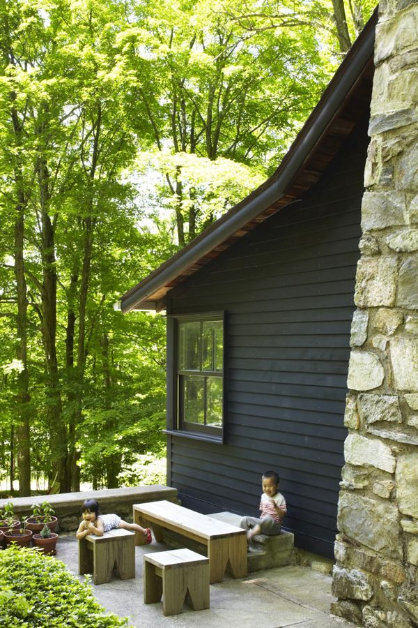A One Room Home That Fits An Entire Family Cabins