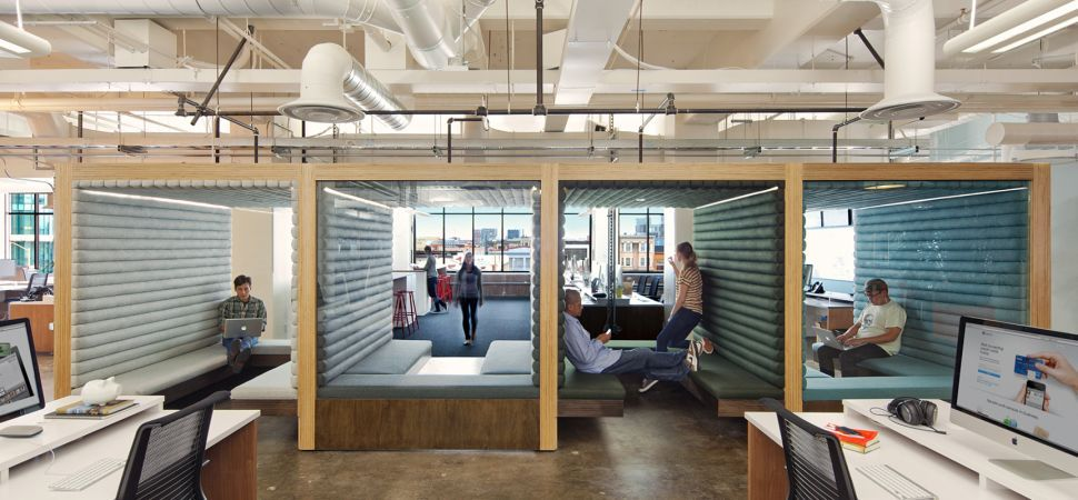Good Inside The Latest Office Design Craze: Hot Desking