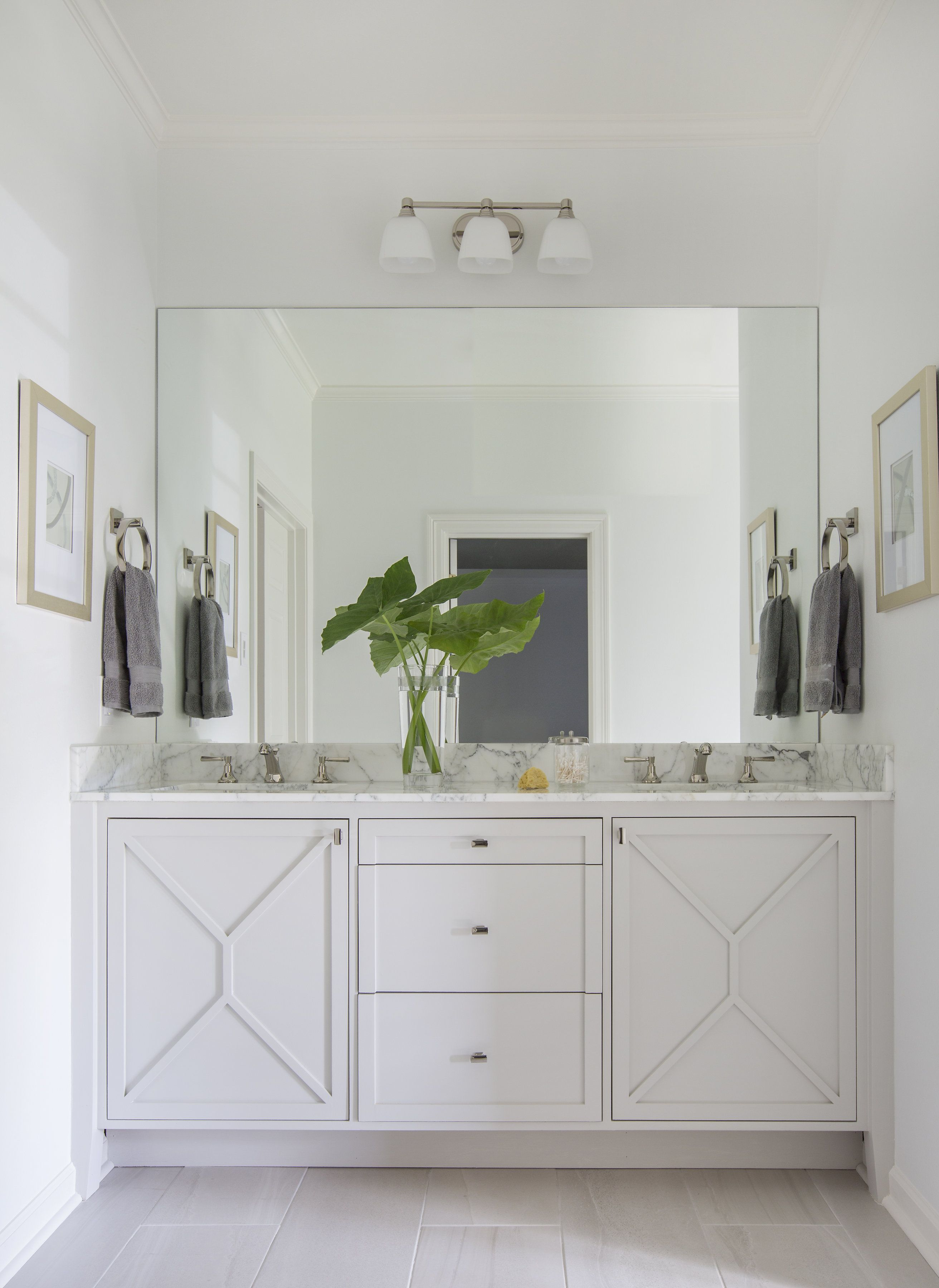 Rachel Cannon Limited Interiors Small Bath With Big Style