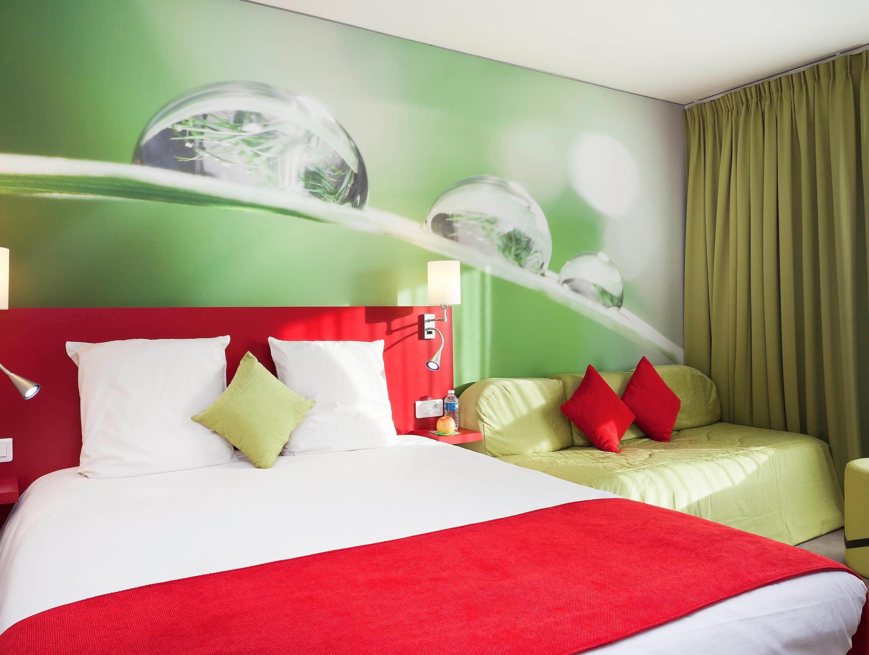Hotel Avignon Ibis Styles Avignon Sud Hotel En 2020 Avignon Provence Alpes Cote D Azur Cote D Azur