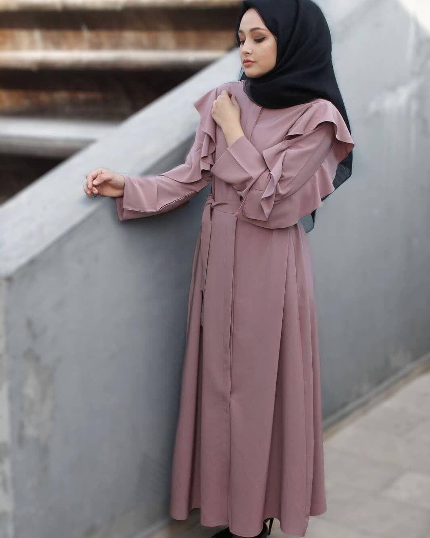 Beyazguvercin Adli Kullanicinin Tesettur Panosundaki Pin 2020 Islami Moda Giyim Deri Ceket